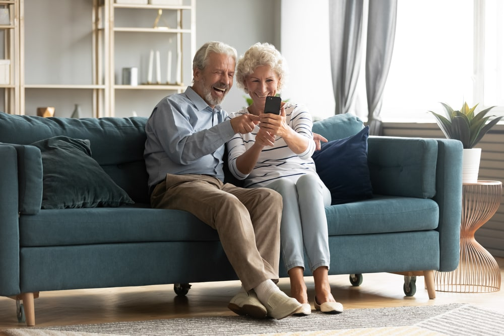 5 Socially-Distant Ways to Show Grandparents Your Thankfulness